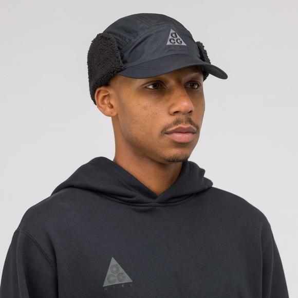 084394a1c Nike ACG Black Sherpa Tailwind Hat NWT